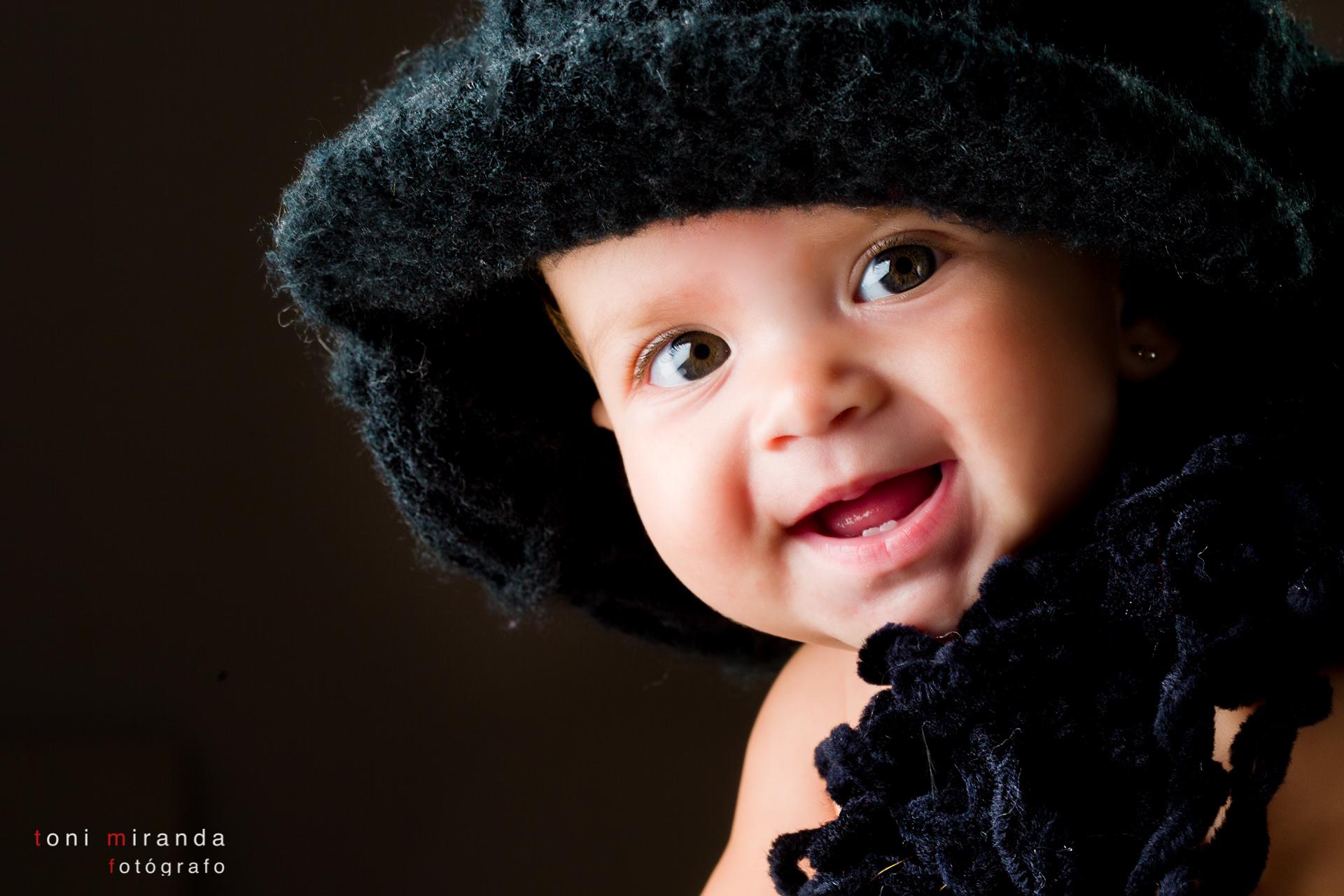 bebe de 6 meses con gorrito