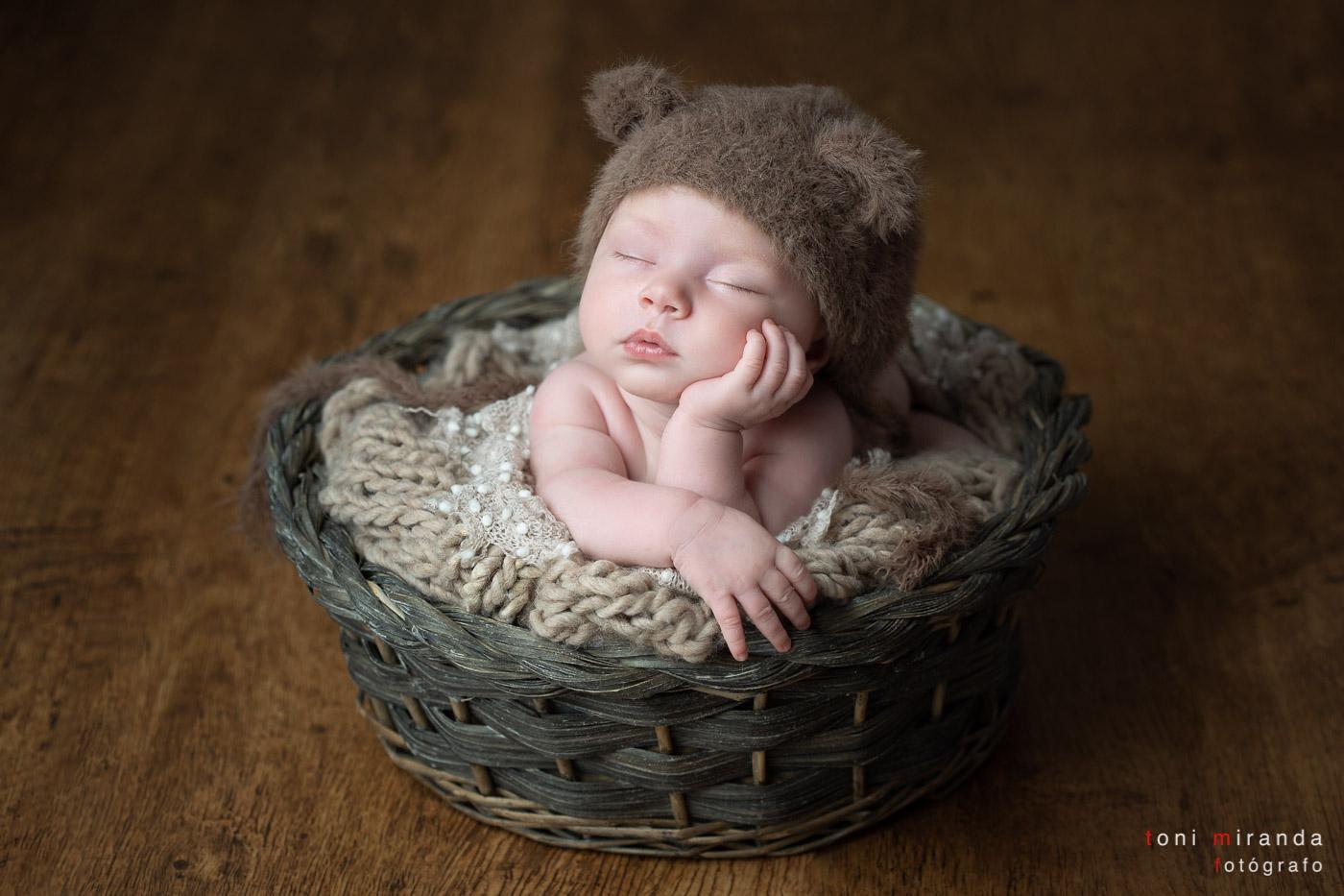 New born dormida en reportaje fotografico