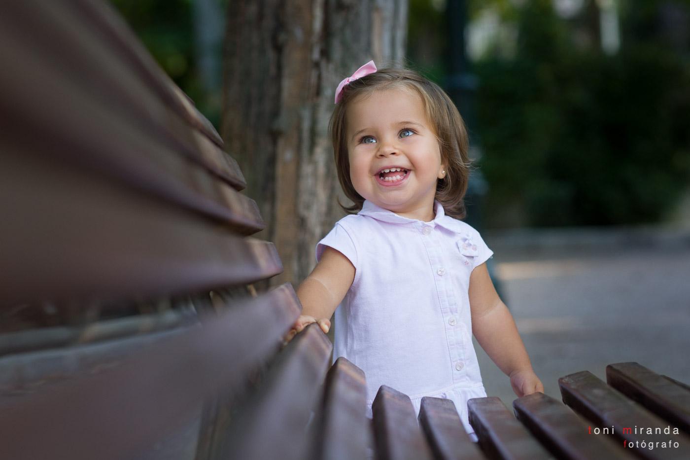 Fotografia profesional niña parque