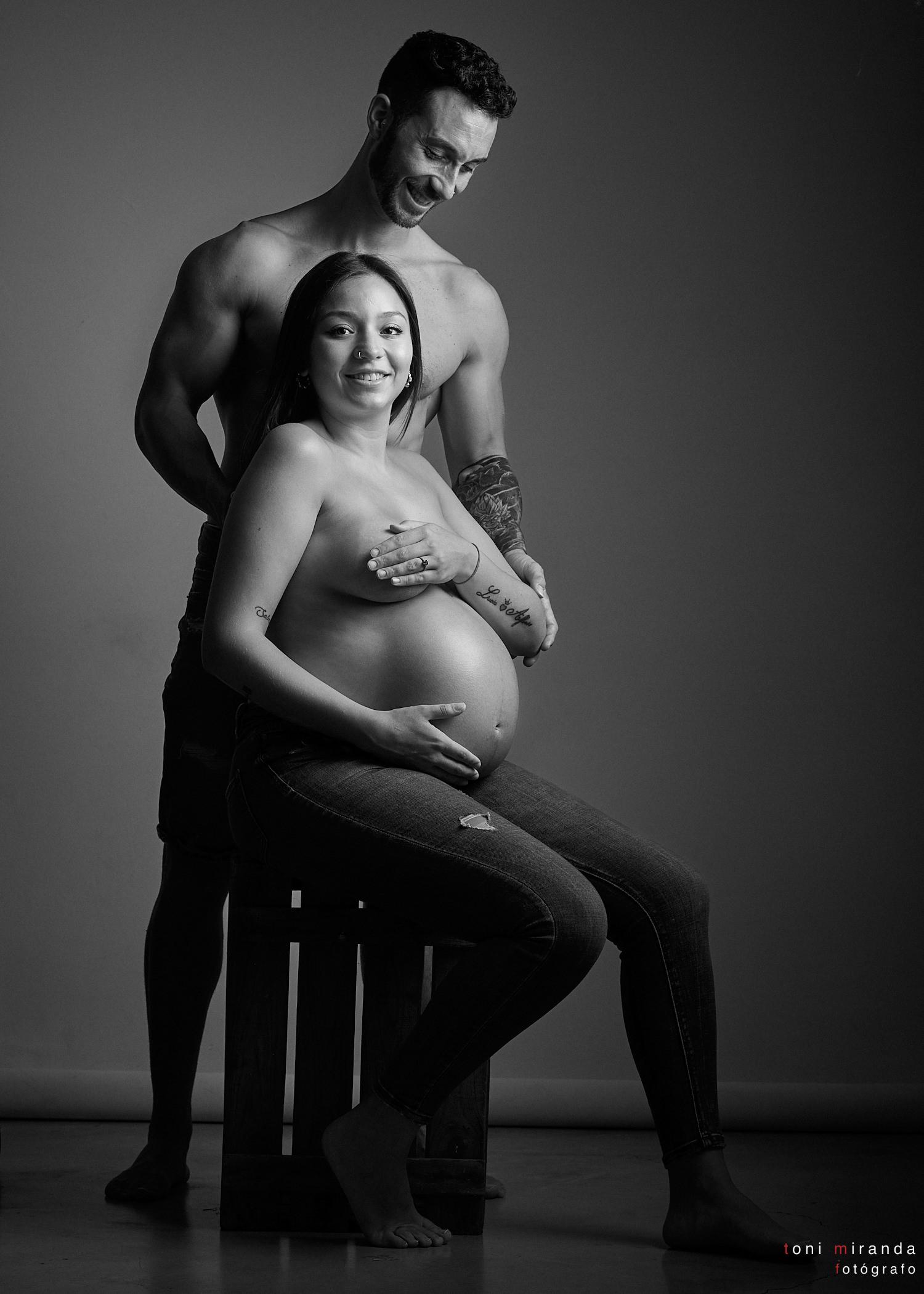 fotografía artistica blanco y negro desnudo embarazo