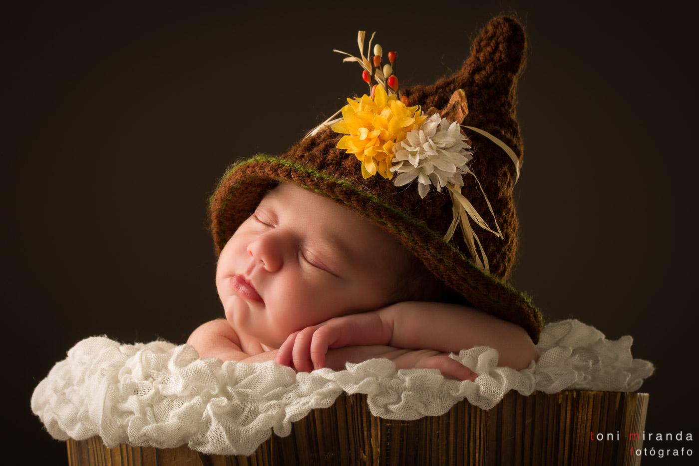 recién nacida original con gorro