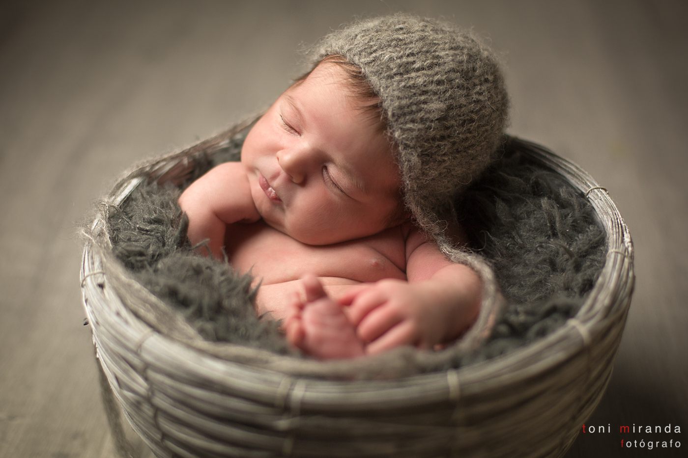 estudio recien nacido gorro